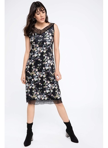 DeFacto Desenli Dantel Detaylı Elbise Siyah
